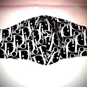 DIOR face mask black with white writing